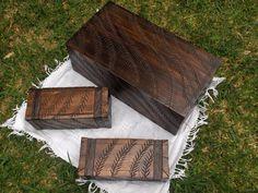 Cofres de madera tallados por Arq. Ariel Arias