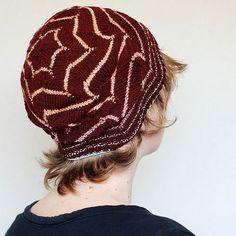 Second VIP club 2016 hat pattern: Omnia!