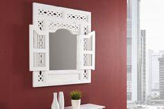 Luxusný nábytok REACTION: Nástenné biele zrkadlo