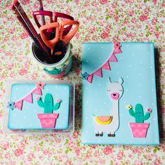Foam Sheet Crafts, Foam Crafts, Paper Crafts, Cute Crafts, Diy And Crafts, Crafts For Kids, Diy Notebook, Decorate Notebook, File Decoration Ideas