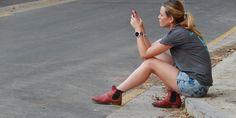 Eltern und Handys - auweia. Das müsst Ihr Euch ansehen, ich habe Tränen gelacht ☺☺☺