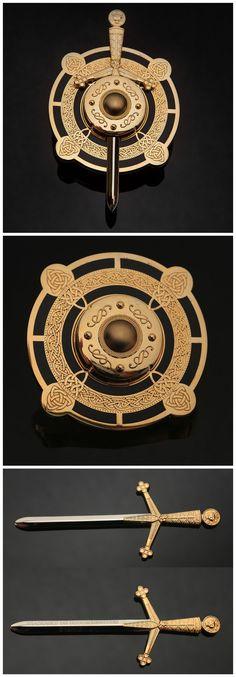 Shiny Gold/Black Celtic Sword & Shield Geocoin (pics from Ebay combined & pinned to Geocaching Geocoins - https://www.pinterest.com/islandbuttons/geocaching-geocoins/) #IBGCp