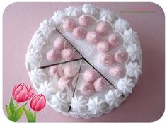 Felt strawberry pie #lucygifts