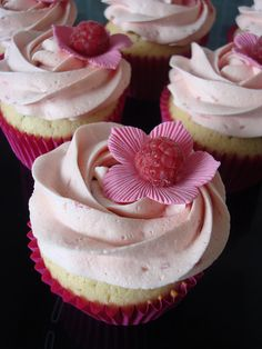 Like something picked from a fairy tale garden: Raspberry Flower Cupcakes.