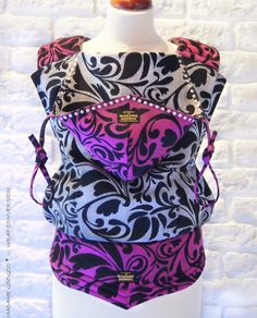 ❤️ MADAME GOOGOGO unique WRAP CONVERSIONS ❤️ If you are interested in placing an order or have anymore questions, please send an email to: info@madamegoogoo.com   ❤️ You can find us on INSTAGRAM: https://instagram.com/madame.googoo.baby.carriers/ and FACEBOOK: https://m.facebook.com/profile.php?id=145687608816099&ref=bookmarks