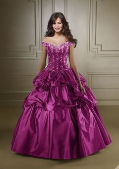 2010 Winter quinceanera dress,Luxuriously Ball Gown Off The Shoulder Neckline…