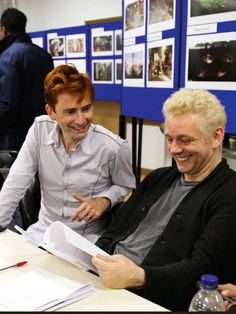 David Tennant and Michael Sheen behind the scenes of Good Omens Michael Sheen, David Tennant, Dominic Sherwood, Harry Potter Film, Neil Gaiman, Dirty Dancing, Carrie Fisher, Epic Movie, Movie Tv