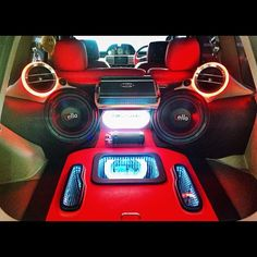 Mixing led colors red and blue. Nissan xtrail sound system car audio auto sound car modification audio system