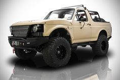 """""""Operation Fearless"""" 1991 Ford Bronco at Charlotte Auto Show, November - Truck Trend Cool Trucks, Pickup Trucks, Cool Cars, Ford Bronco Concept, Offroad, Classic Ford Broncos, Classic Bronco, Bug Out Vehicle, Four Wheelers"""