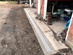 Reynolds Contracting offers Charlottesville earthwork contracting, including excavation, grading, and drainage solutions. Drainage Solutions, Charlottesville, Virginia
