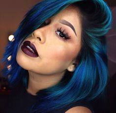 I want this hair color. her hair is perfect. Pretty Hairstyles, Straight Hairstyles, Color Fantasia, Curly Hair Styles, Natural Hair Styles, Bold Hair Color, Peacock Hair Color, Ombré Hair, Hair Laid