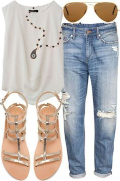 Love this combo - agree with another pinner - not a fan of the ripped jeans but like the color of the jeans with this