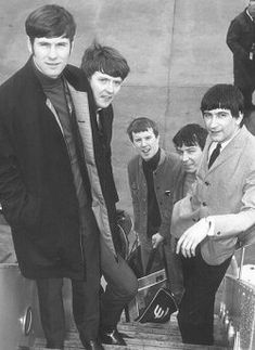 The Animals, from left Chas Chandler, John Steel, Eric Burdon, Dave Rowberry.Chas Chandler died at 58 of a heart attack. Foto Beatles, The Beatles, Eric Burdon, House Of The Rising Sun, 60s Music, Famous Musicians, Rock And Roll Bands, Psychedelic Rock, British Invasion