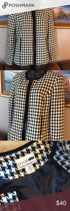 💞LESLIE FAY💞haberdashery 🌹Beutifull blazer Preowned in excellent condition, fully lined Leslie Fay Jackets & Coats Blazers