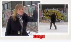 - Même si cette vidéo prête à rire, c'est pathétiquement sérieux. Voilà les femmes finlandaises rassurées, grâce aux astucieux conseils de leur gouvernement, si soucieux de les protéger contre les méchants …  Quand une femme se sent suivie, elle doit se retourner et faire le geste symbolique, censé effrayer à mort le violeur potentiel : prendre un air féroce, tendre le ou les bras, main(s) levée(s), comme pour arrêter une voiture à un feu vert et le repousser en s'exclamant d'un air martial…
