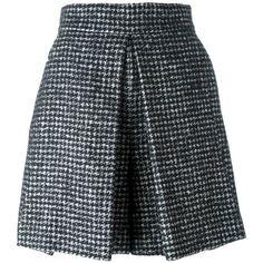 Dolce & Gabbana herringbone tweed skirt ($570) ❤ liked on Polyvore featuring skirts, black, dolce gabbana skirt, pleated skirt, knee length pleated skirt, herringbone skirt and tweed skirt