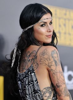 So in love with her <3  Want a tattoo from her soooo bad !