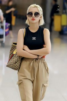 Kpop Fashion, Daily Fashion, Korean Fashion, Girl Fashion, Fashion Outfits, Kpop Girl Groups, Kpop Girls, Korean Girl, Asian Girl