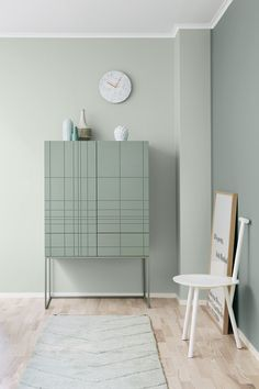 La maison d'Anna G.: New dusty shades from Jotun Lady (Furniture Designs Wall Colors) Estilo Interior, Interior Styling, Pastel Interior, Interior Colors, Wall Colors, House Colors, Colours, Green Colors, Color Inspiration
