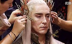 (gif) Thranduil, you rascal <3 love this so much!--- i have the feeling that lee pace is the opposite of thranduil
