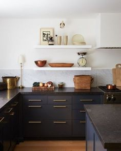 How do you update a Traditonal Kitchen into a Modern Kitchen.without a full remodel? I'm sharing 5 Tips and a real client Modern Kitchen Makeover! Black Counter Top Kitchen, Black Kitchen Countertops, Blue Kitchen Cabinets, Modern Kitchen Island, Counter Tops, Modern Kitchen Lighting, Modern Kitchen Interiors, Modern Farmhouse Kitchens, Modern Kitchen Design