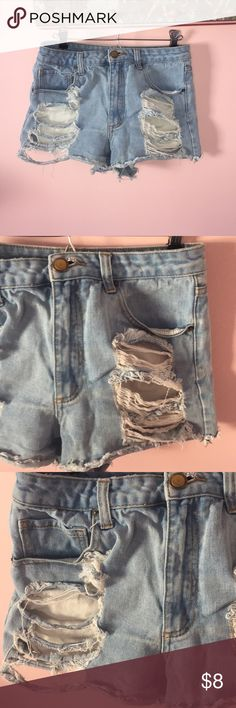 Ripped Highwaisted Jeans Shorts High Quality thick material! Forever 21 Shorts Jean Shorts