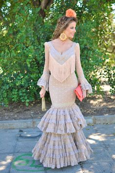 Flamenquísima II – Te Cuento Mis Trucos Designer Evening Gowns, Designer Dresses, Wedding Skirt, Wedding Dresses, Dance Dresses, Flamenco Dresses, Festa Party, Blonde Model, Traditional Dresses