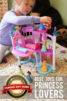 Best princess and castle toys (including Frozen stuff) arranged by age - part of 10 gift guides with amazingly detailed reviews! Little Girl Toys, Toys For Girls, Kids Toys, Little Girls, Halloween Zombie, Christmas Wishes, Christmas Gifts, Holiday, Toys For 1 Year Old