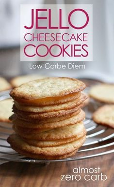 Crispy, crunchy almost zero carb cookies: Chocolate, lemon, raspberry, maple-pecan. Desserts Keto, Sugar Free Desserts, Dessert Recipes, Keto Snacks, Dessert Ideas, Sugar Free Jello Keto, Low Sugar Diet, Snack Recipes, Frozen Desserts
