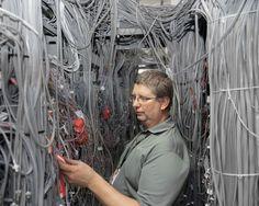 マンハッタン地下、隠された「ネット拠点」を激写した « WIRED.jp