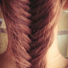 Hairstyle by Isidoros Mexis