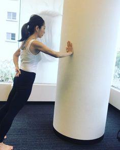 みるみる脂肪が落ちました!たった5分の「脱デブトレーニング」10選 - LOCARI(ロカリ) Fitness Diet, Yoga Fitness, Health Fitness, Best Cardio Workout, Gym Workouts, Health Words, Pregnancy Workout, Health Diet, How To Do Yoga