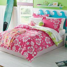 Pink & White Hawaiian Hibiscus Girls Twin Comforter Set Piece Bed In A Bag) Surf Decor, Teen Girl Bedrooms, Big Girl Rooms, Girls Surf Room, Hawaiian Bedroom, Hawaiian Decor, Hawaiian Tropic, Beach Room, Dream Bedroom