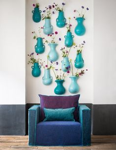 Inspiration: Qu'est-ce que je mets sur mon mur? Deco Turquoise, Paola Navone, Turbulence Deco, Interior Decorating, Interior Design, Chenille, Color Of Life, Aqua, Color Mixing