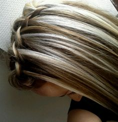 blonde highlights !!