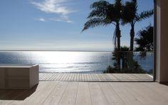 . Photo Credit: Private residence, MalibuDinesen Douglas T 35 W 300 L 12 m.
