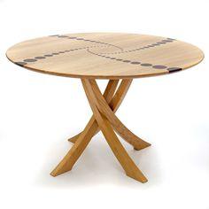 Circular 'Chadlington' Dining Table | Makers' Eye