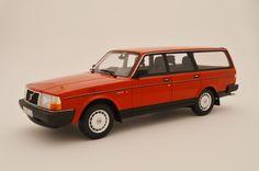 1/18 Das rote Schwedenhaus vor der Tür - Volvo 240 GL von BoS - Modelcarforum