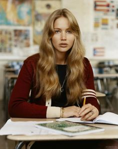 Jennifer Lawrence -- down-to-earth and beauty inspiration My Hairstyle, Hairstyles With Bangs, Pretty Hairstyles, Hair Day, New Hair, Teen Vogue, Dream Hair, Mi Long, Hair Looks