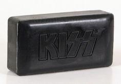 kiss soap