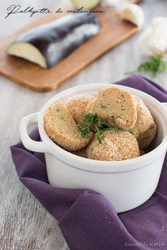 Crackers al rosmarino, io non li compro più. Salsa, Prosciutto Cotto, Strudel, Crackers, Cantaloupe, Fruit, Food, Proposal, Diary Book