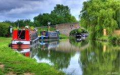 /canal boats