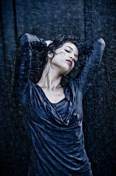 rain photography | Let it Rain: 45 Joyful Examples of Rain Photography | Web Design Burn