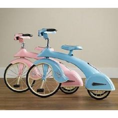 Brent brought this awesome replica of a 1936 sky king tricycle to my attention last week. We've been eyeing a couple of classic metal pedal cars and tricycles in vintage shops around town, but have. Vintage Bikes, Vintage Love, Vintage Shops, Retro Vintage, Bicycle Wedding, Old Bikes, Pedal Cars, Pink Blue, Pastel Pink