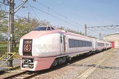都内から1時間半の絶景&グルメ旅へ。熱海ー伊豆間を走るおいしい観光列車がスタート