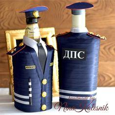 Подарок сотруднику ДПС Военному мужчине в форме Чехол на бутылку – купить или заказать в интернет-магазине на Ярмарке Мастеров | Подарок сотруднику ДПС, военному мужчине в форме.