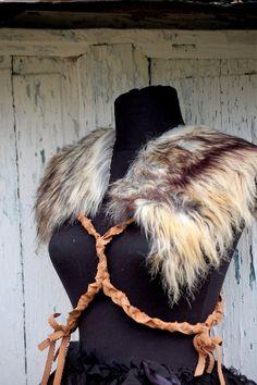 Epaulettes faux fur epaulettes warrior woman steampunk