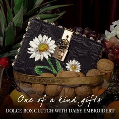 Don't miss this opportunity to own these never-before-seen luxurious selection, ideal as precious gift ideas for someone special, or unique accessories to treat yourself with. #DGHolidaySeason