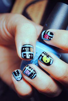 pac man nails! :D