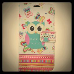 Samsung Galaxy S7 Owl Design Wallet Case Samsung Galaxy S7 Owl Design Wallet Case with built in Soft Proctected case, look preety good in hand  and have space for 2 credit / photo I'd holder and one big pocket for put money. Accessories Phone Cases